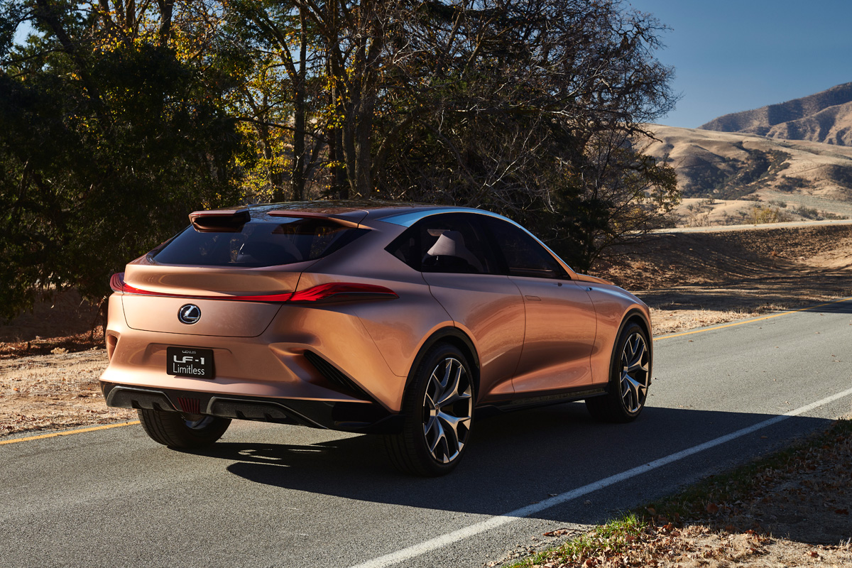 lexus carves out a new flagship luxury crossover with lexus lf 1 limitless concept. Black Bedroom Furniture Sets. Home Design Ideas