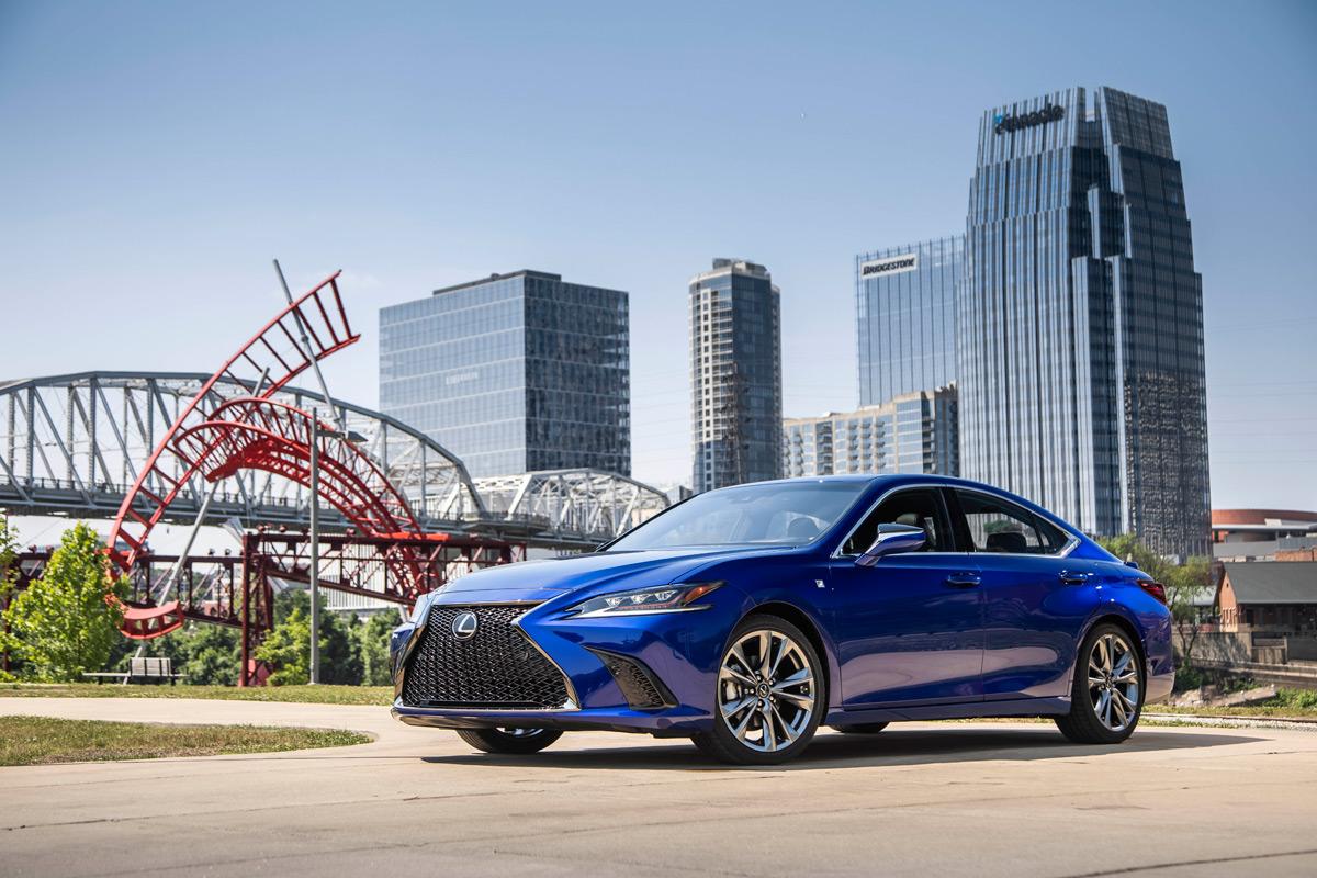 First Drive: 2019 Lexus ES 350 / ES 350 F Sport