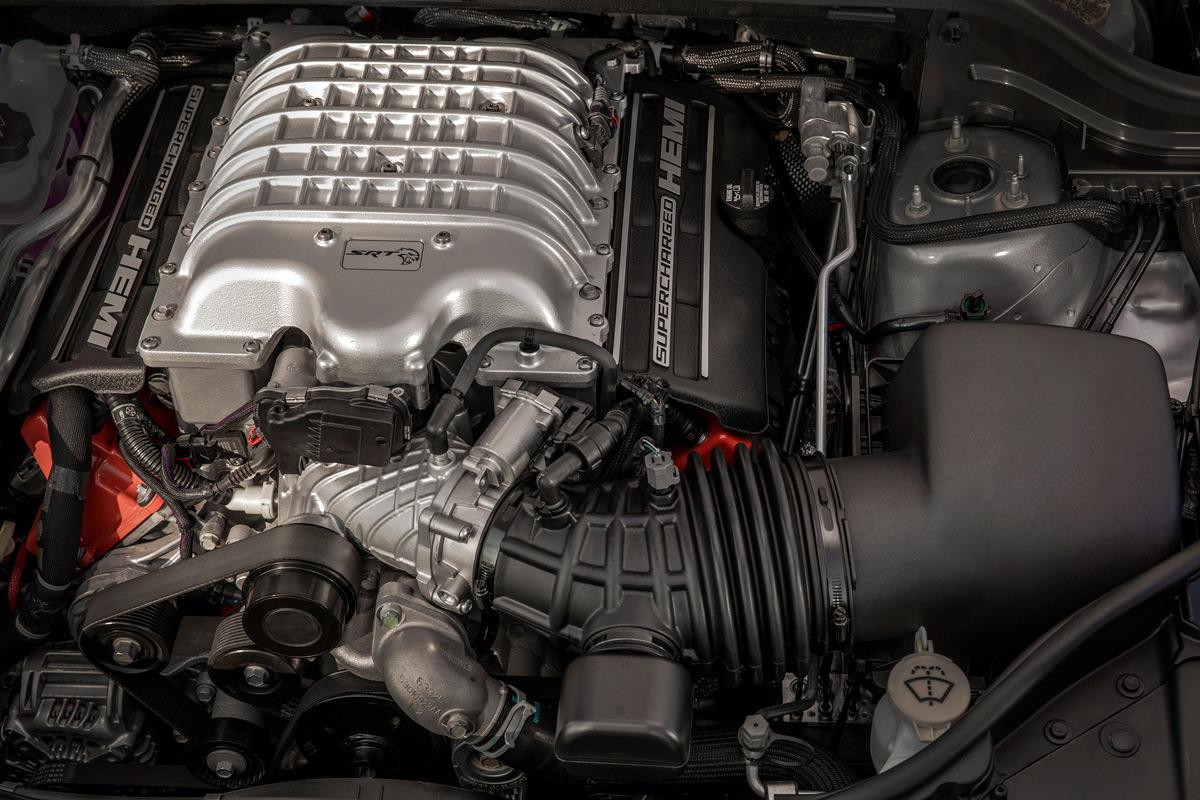 2018 Jeep Grand Cherokee Trackhawk engine