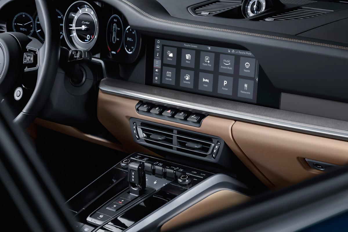2021 Porsche 911 Turbo - Infotainment Screen