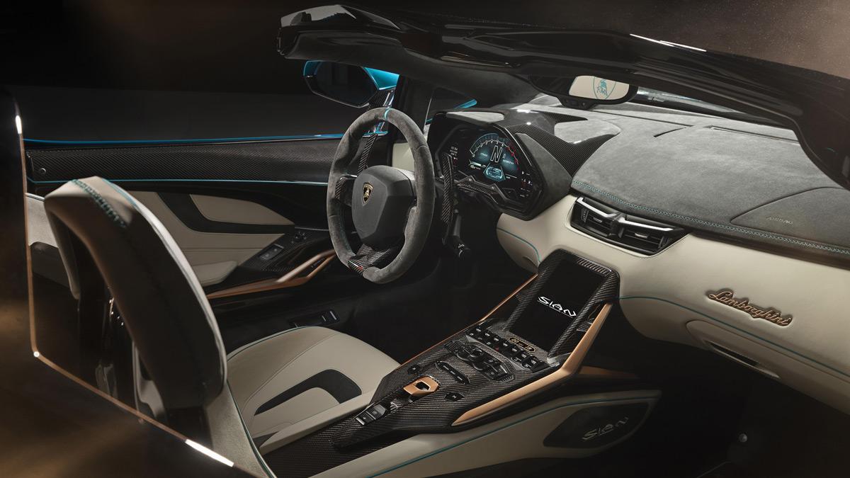 Lamborghini Sián Roadster - interior