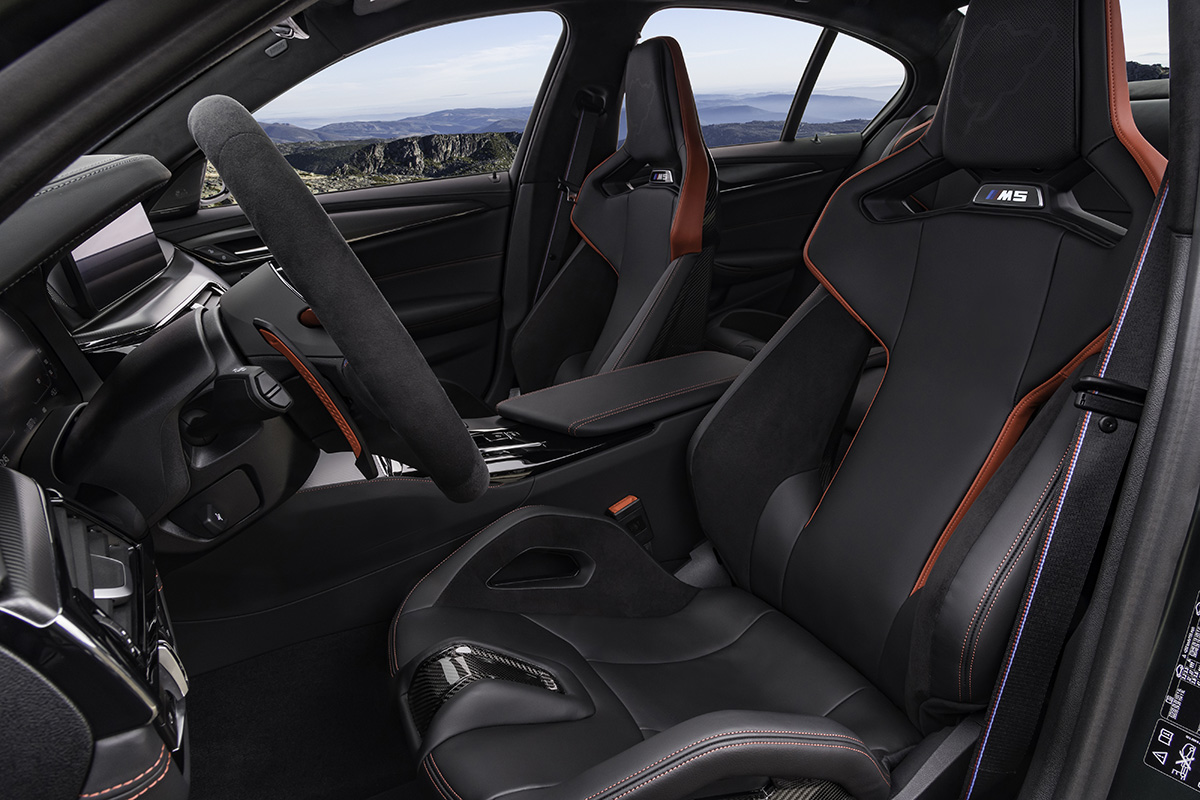 2022 BMW M5 CS Sedan - Racing Seats