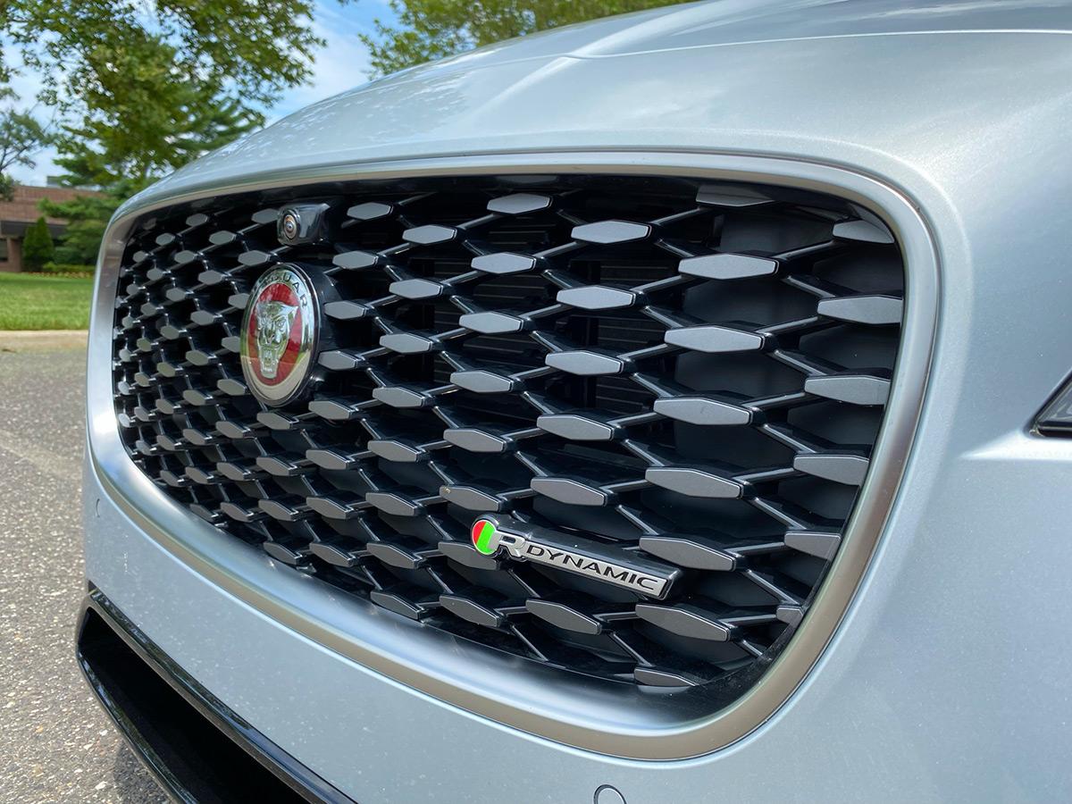 2021 Jaguar XF P300 R-Dynamic SE grille