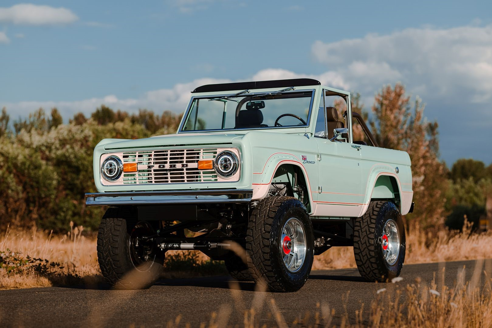 Gateway Bronco All-Electric Classic Ford Bronco
